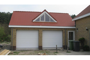 Project: Garage met appartement in Petten